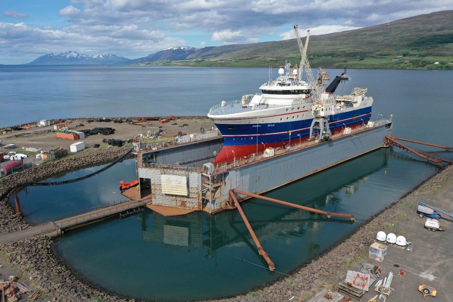 Traffík á athafnasvæði Slippsins á Akureyri